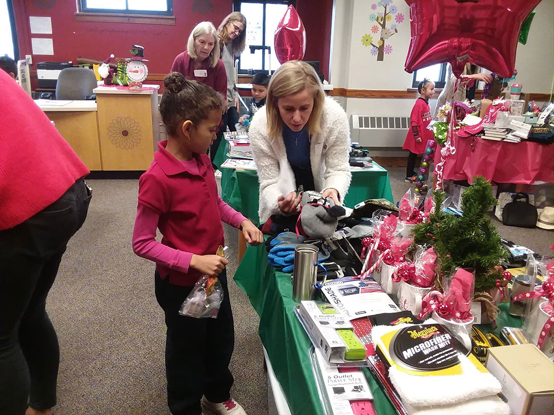 Stocking Elementary Holiday Shop